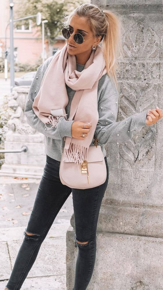 how to style a blush scarf : grey sweater + bag + black rips