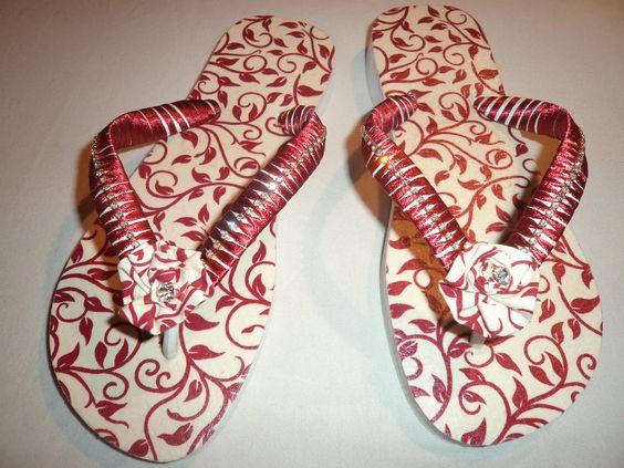 Chinelo Decoupado com guardanapo e tiras em fita cetim e strass