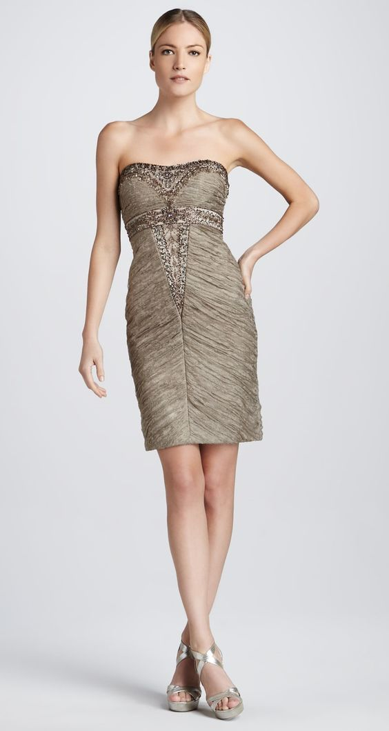 SUE WONG. Beaded Strapless Cocktail Dress. Taille 34. REF 3421/34 ...