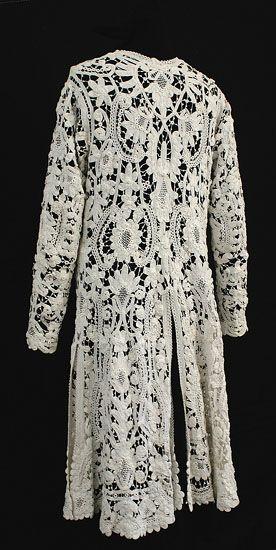 Handmade Irish crocheted lace coat, c.1900