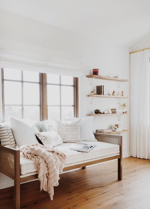 Insanely Cute Bright Living Room Table