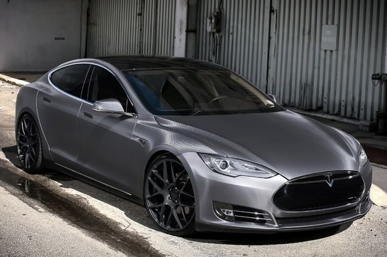 Tesla Model S P85D. Totally reasonable to ask Santa for one, right? ... Right?