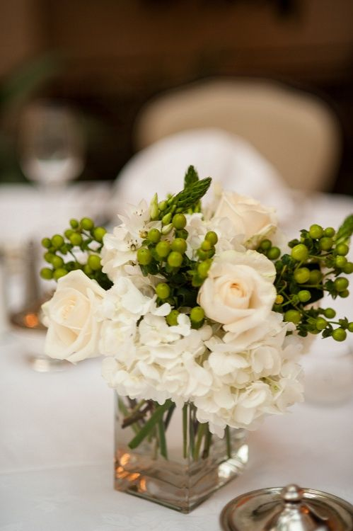 Pinterest the world s catalog of ideas for Dinner table flower arrangements