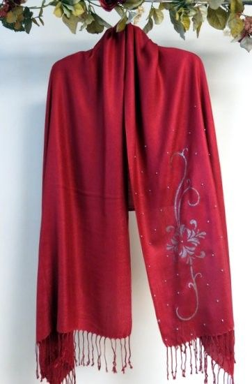 Silken Pashmina with handcrafted unique designs to tickle your senses and make women fall in love with their shawls. http://www.yourselegantly.com/pashmina-shawls/handcrafted-shawls.html
