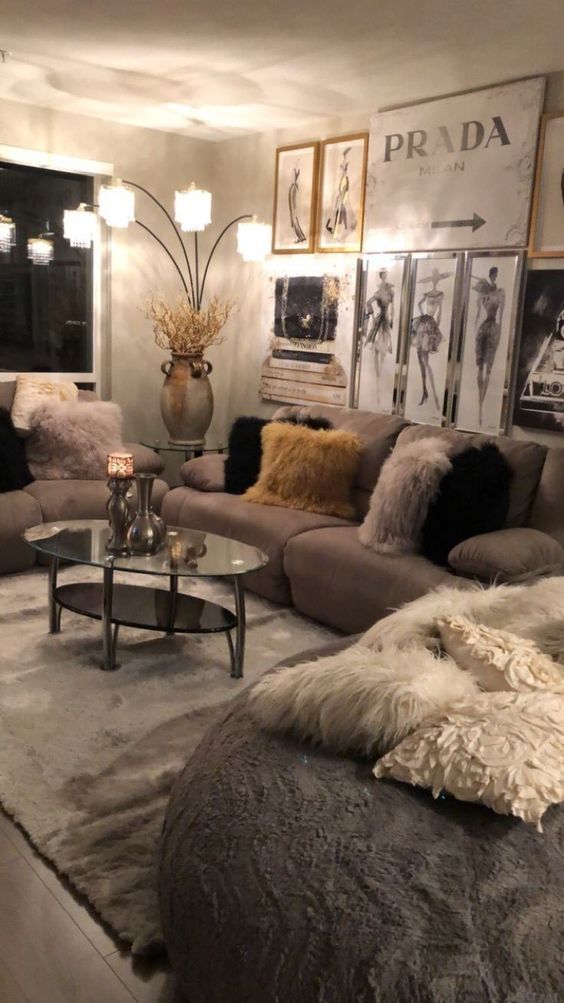 Modest Living Room Decor