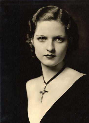 Dorothy Flood- Actress, Ziegfeld girl