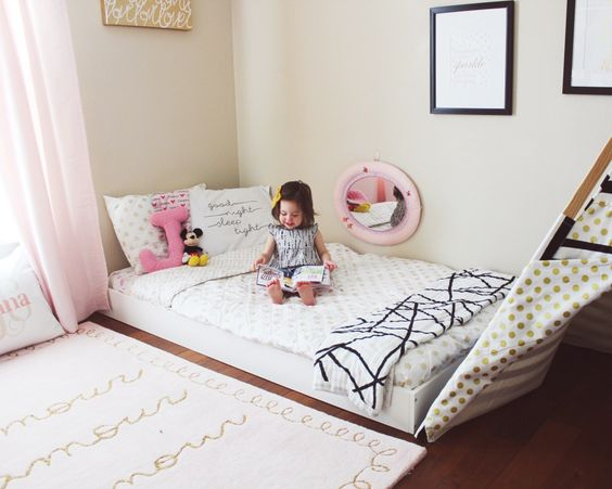 Montessori Floor bed-Toddler bed/ Big kid room ideas / Kids decor / Kids room/ Gold and Pink/ kids room inspiration- floor-bed-riddler-room  www.ohhappyplay.com