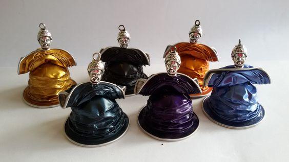 Boeddha's gemaakt Eugenie's eigen ontwerp