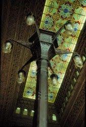 """FLORA DA SERRA - Raízes da Mantiqueira: UM CASTELO DAS 1001 NOITES ... """"....Em sua construção foram utilizados materiais nobres trazidos de vários países europeus. As varandas, por exemplo, são revestidas de azulejos portuguêses, e o piso de mosaicos franceses. A escadaria principal, de ferro forjado, tem degraus em mármore de Carrara..."""" FIOCRUZ Manguinhos Rio RJ"""
