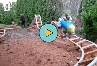 Pai que inventou esse brinquedo no quintal é um gênio
