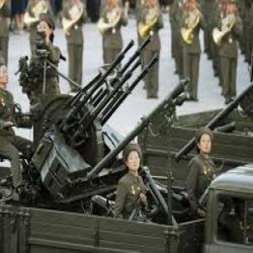 Pura maldade: ditador manda matar oficiais com arma antiaéria