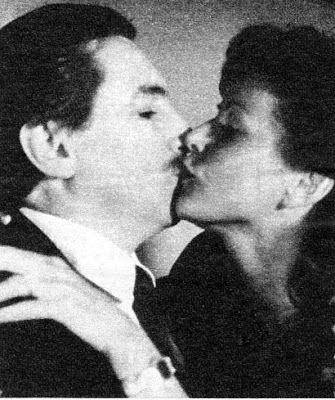 "To start with it's Frida kissing someone else! (Magnus Harestam in ""Jokerfejs"") ."