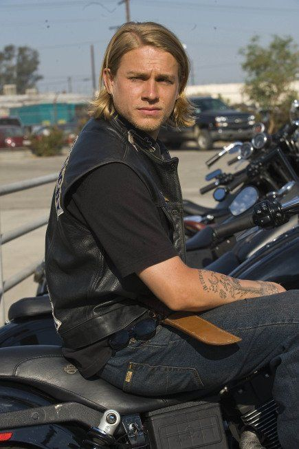 i think i am far too emotionally invested in the life of jax teller but i am perfectly ok with that.