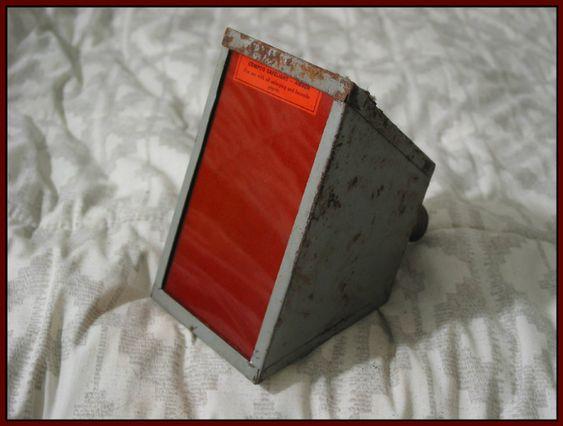 SEARS MARVEL Darkroom Lamp Antique Film Developing Filtered Lamp Bulb  IMG 4619  http://ajunkeeshoppe.blogspot.com/
