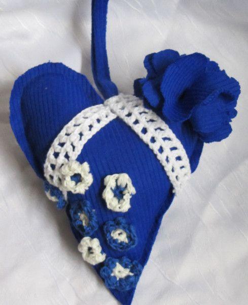 Deko-Objekte - Herz in Blau handgemacht - ein Designerstück von MaschenTanz bei DaWanda