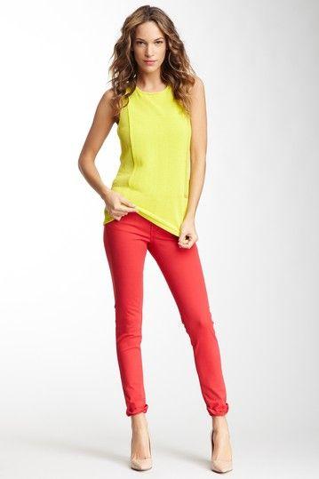 James Jeans rouge et haut jaune canari