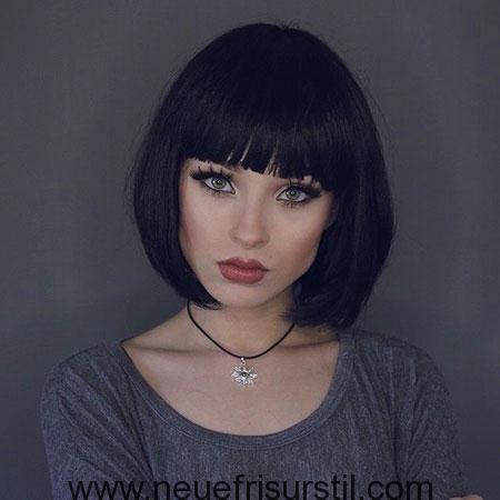 Kurze Haare Fransen Haarschnitt Haarschnitt Mit Pony Haarschnitt Kurz