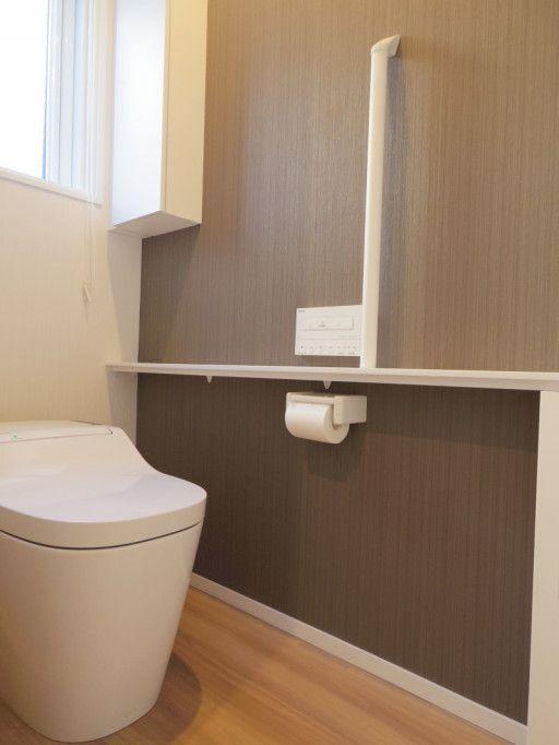 Web内覧会 アクセントクロス失敗 1階アラウーノと花の2階標準トイレ