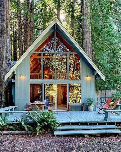 """electricwest: """"Summer at this cabin please 😍 photo via Pinterest #electricwest #cabinporn """""""