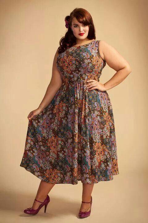 Ladies fashion styles . Big beautiful woman. Bbw. Plus size curves