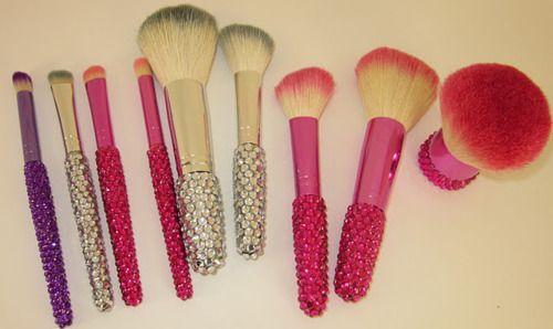 cute make up brushes