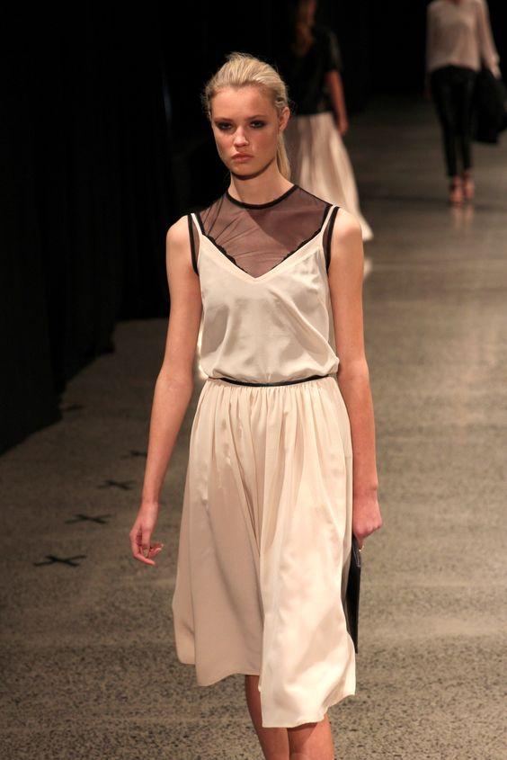 FOUREYES - New Zealand Street Style Fashion Blog: NZFW 2014 - JULIETTE HOGAN