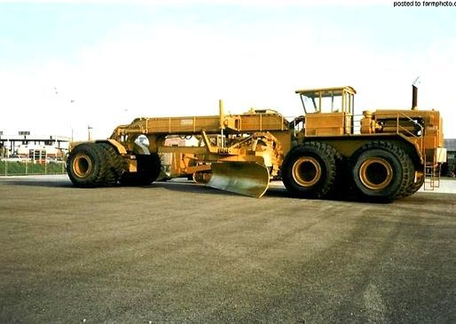 Pin By Steve Stewart On Extreme Off Road Heavy Haulage Heavy Equipment Caterpillar Equipment Heavy Construction Equipment