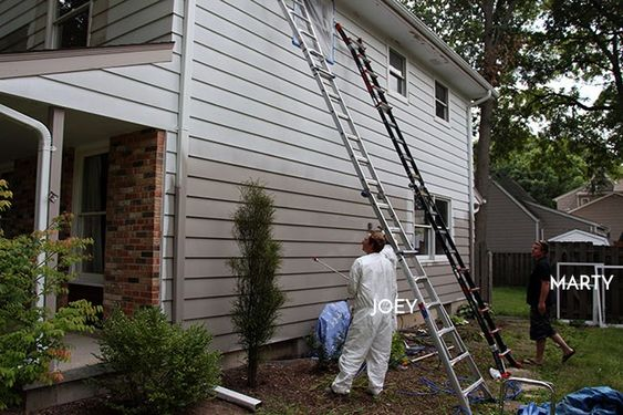 Painting Aluminum Siding With A Paint Sprayer Painting Aluminum Siding Using A Paint Sprayer Outdoor House Paint