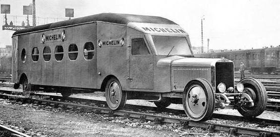 Michelin rail car ===> https://de.pinterest.com/rfojkar/automobilgeschichte/