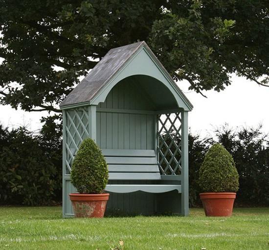 Grand banc pergola en bois style anglais toit en t le de for Banc de jardin teck anglais