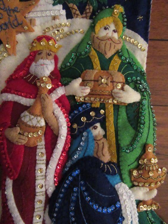 Bucilla tres reyes terminados por MissingSockStitchery en Etsy