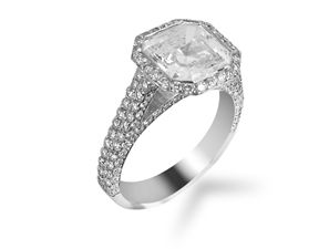 Bez Ambar 18K White Gold Diamond Engagement Ring