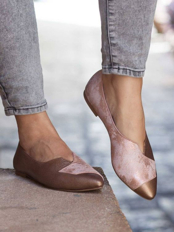 52 Flat Shoes Every Girl Should Have shoes womenshoes footwear shoestrends