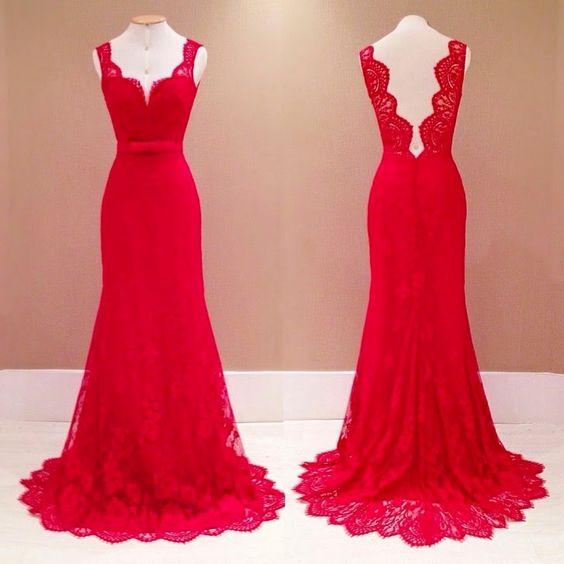 vestido de renda vermelho com cinto