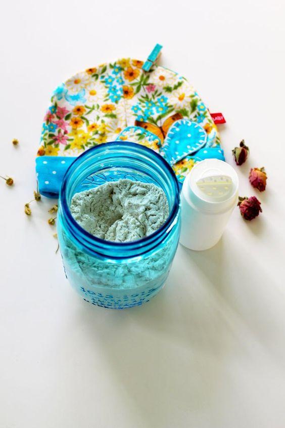 Natural DIY Scented Baby Powder Recipe
