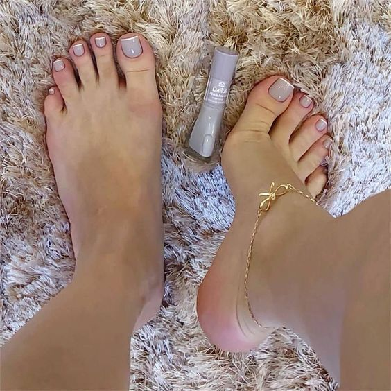 Pin By Drio On Pretty Me In 2020 Pretty Toe Nails Best Acrylic Nails Pedicure Nails