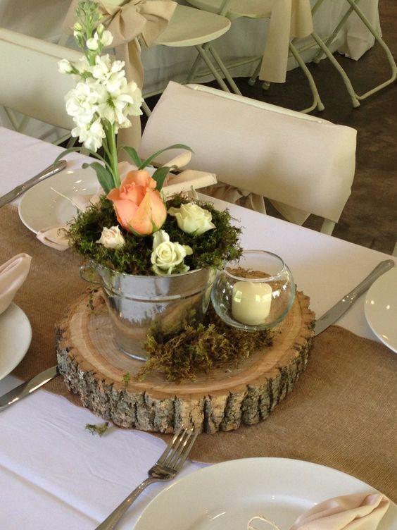 Wood Slice Table Centerpiece : Cute rustic decor at smithview pavilion wedding
