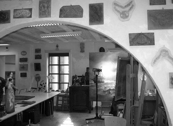 artistes atelier studio kerat sprl Bonjour amateur d'art ,  Soyez le bienvenu  à la porte ouverte de l'atelier de restauration des œuvres d'art « KERAT SPRL». Le 05-04-2015.  De 10.00 h. à 12.00 et de 15.00h   à 17.30 h. Entreé libre et conseils gratuits ! Nous accueillons sans préavis une fois chaque premier dimanche du mois, des amateurs d'art qui désirent obtenir des renseignements au sujet d'un de leurs objets artistiques. Nous offrons gratuitement des conseils concernant l'état de…