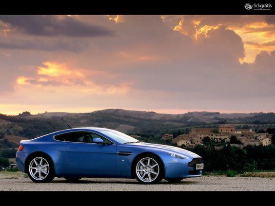 Papel de Parede - V8 Vantage Coupe Aston Martin