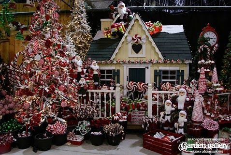 Image Result For Garden Centre Xmas Image Result For Garden Centre Xmas Image Result For Garden Christmas Decorations Christmas Display Christmas Tree Images