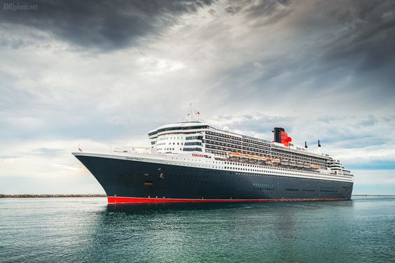 Queen Mary 2 by Andrey Moisseyev on 500px http://amophoto.net