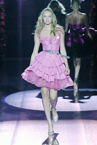 I have this in hot pink.  Love the addition of the crinoline.