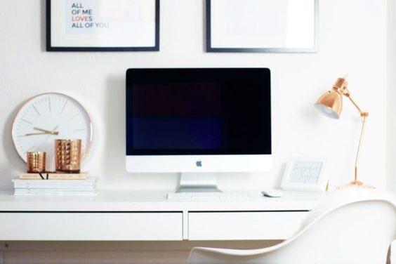 Blogger Arbeitsplatz Schreibtisch Workplace IKEA Eames