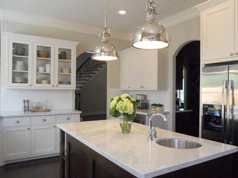 awesome kitchen lighting: Beautiful Kitchens, White Kitchen, Lights White, Kitchen Ideas White, Island Lights, Kitchen Lights, Dream Kitchens