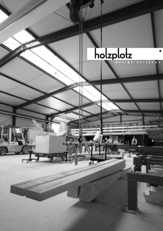 DER KLOTZ   Outdoorbank   Outdoormöbel   Sitzgelegenheit   Holz   Vollholz   Architektur   Design   Tischlerqualität   Made in Germany   individualisierbar