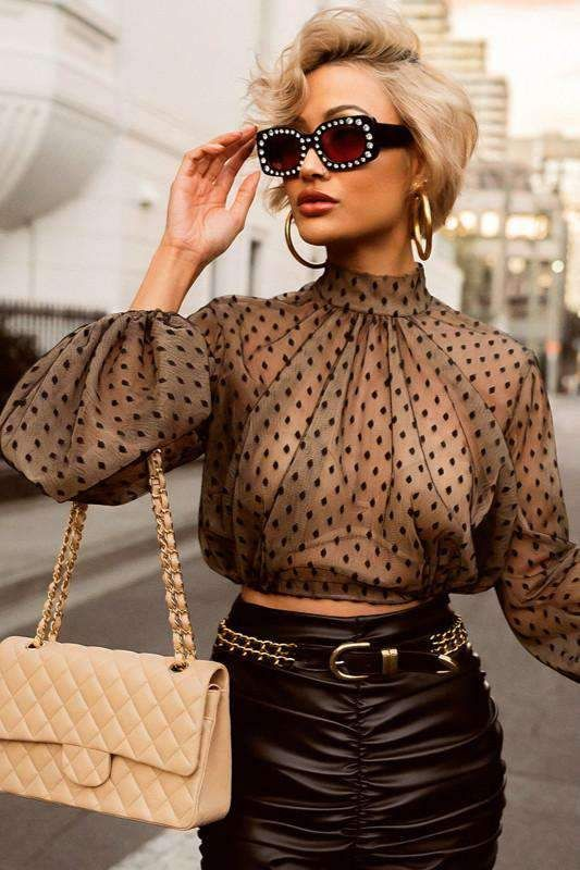 54 Women Blouses To Update You Wardrobe Now outfit fashion casualoutfit fashiontrends