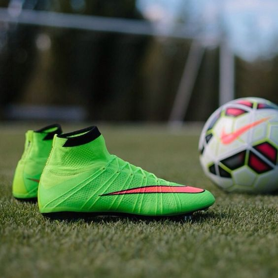 New nike mercurial superfly cleats