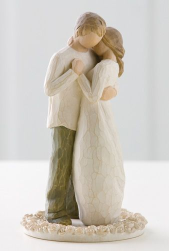 This wedding figurine is adorable I can't believe I found it as a cake topper too!!!