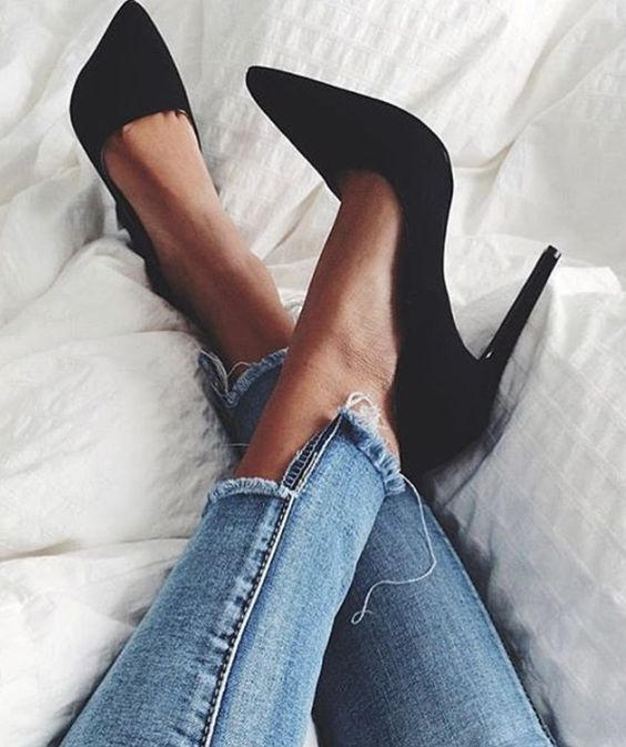 10 Cheap and Trendy Shoes You Need To Have