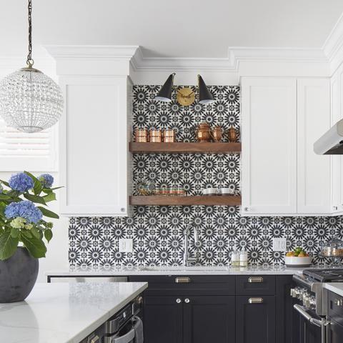 Cement Alhambra Black White Square 8 X8 X5 8 Kitchen Backsplash Designs Kitchen Design Kitchen Renovation